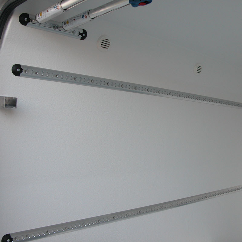 Uitblaasopeningen Airco en Verwarming linker zijwand